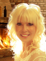 danielle fireplace lin